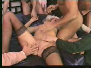 немецкое порно жесткая групповуха-гю2