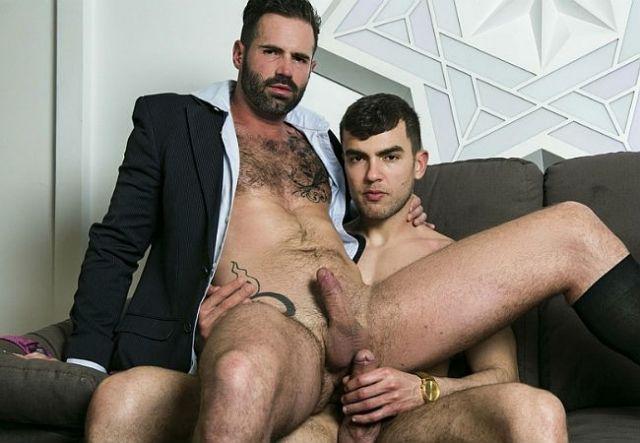 hot men kissing hot men
